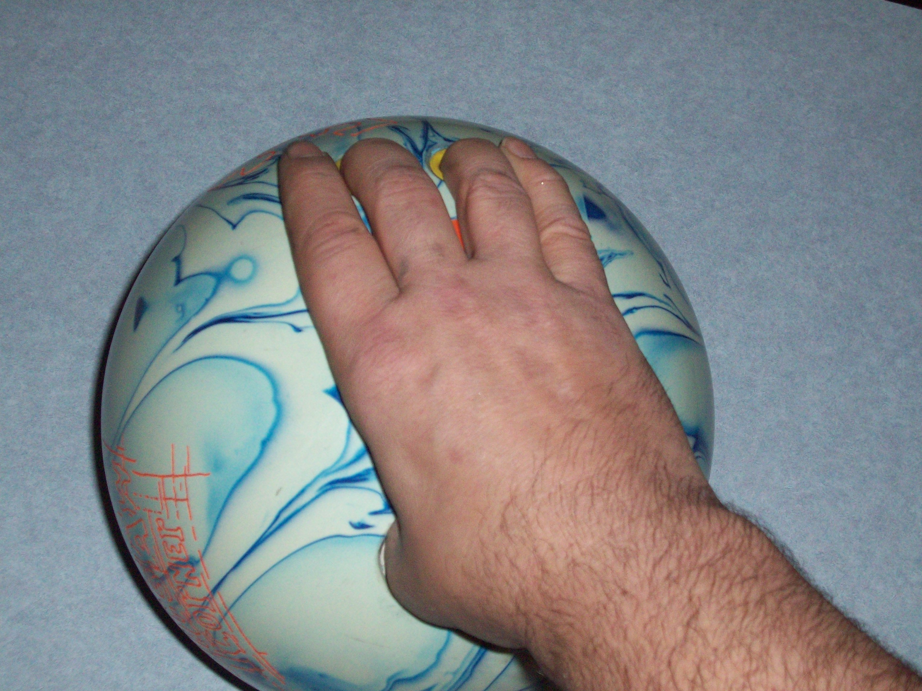 Bowling Finger Positions, All Fingers Tight Finger Position, Bowling Finger Positions Bowling Hand Positions, Bowling Wrist Hand Positions,  Finger Position Used In Bowling, Bowling Wrist Positions, bowling, ball, hand, finger, wrist, positions
